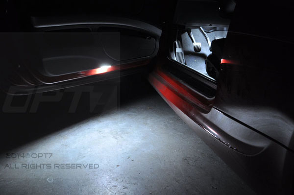 http://www.shiphid.com/ebayimg/LED/LED_Interior/LED_Application/LED_Interior_Door2.jpg